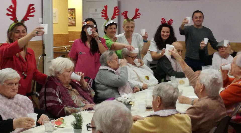 Celebraciones en Instituto Geriátrico con nuestros residentes